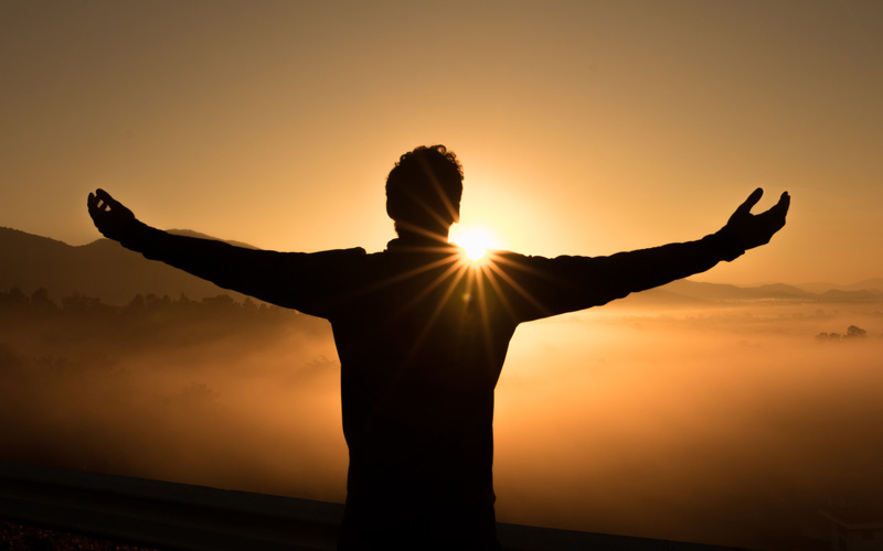 Je lichaam onthoudt alles: zo breng je angst en oud zeer liefdevol aan het licht